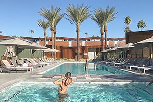 LA パームスプリングス、砂漠の中の絶景ホテル!