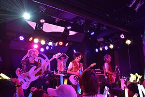 """""""ダンスロックバンドDISH//""""が新曲初披露!"""