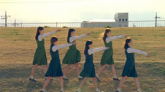 欅坂46、4thシングル共通カップリング曲『W-KEYAKIZAKAの詩…