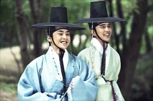 EXOのシウミンが本作で映画デビュー!「キム・ソンダル 大河を売った詐欺…