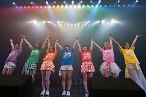 アプガがツアーラストで見せた「7人の絆」はさらなる進化へ向かう!